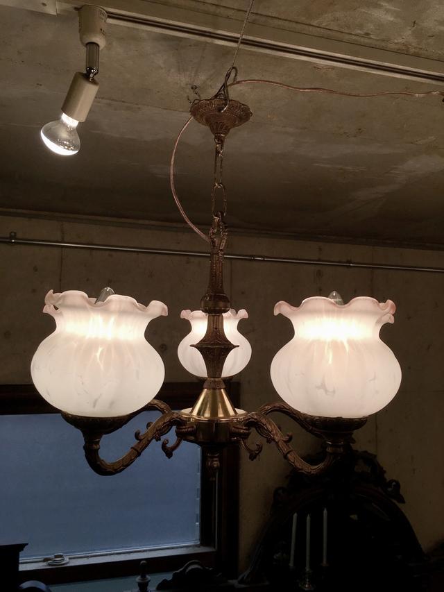 chandelier210409b_00.jpg