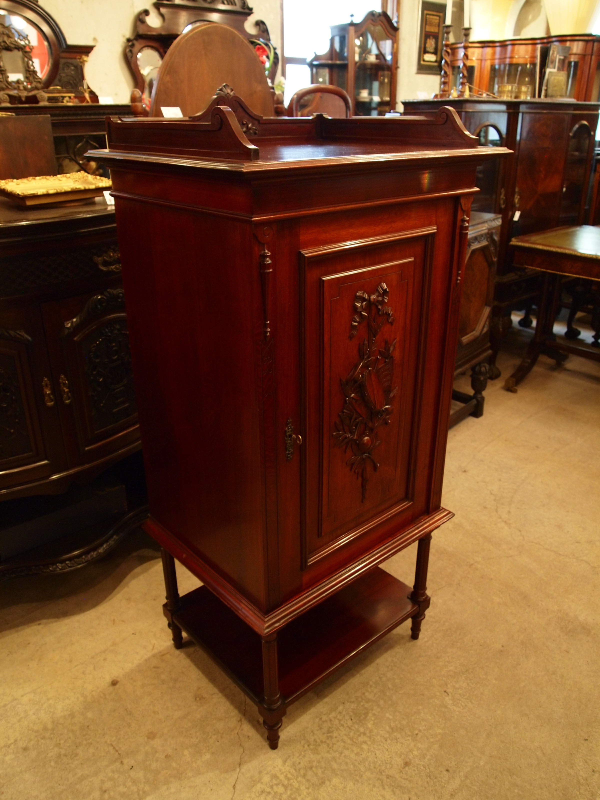 cabinet290421_02.JPG