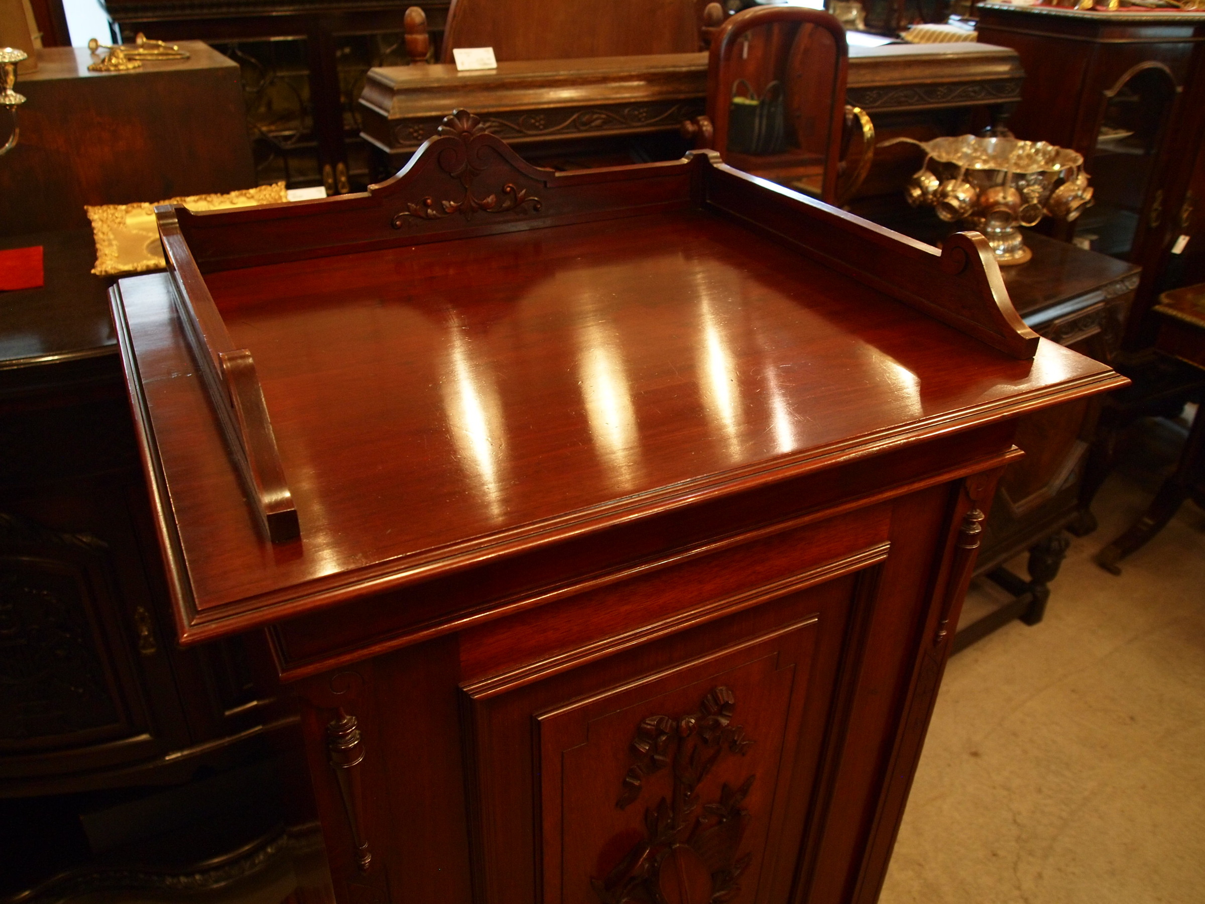 cabinet290421_03.JPG