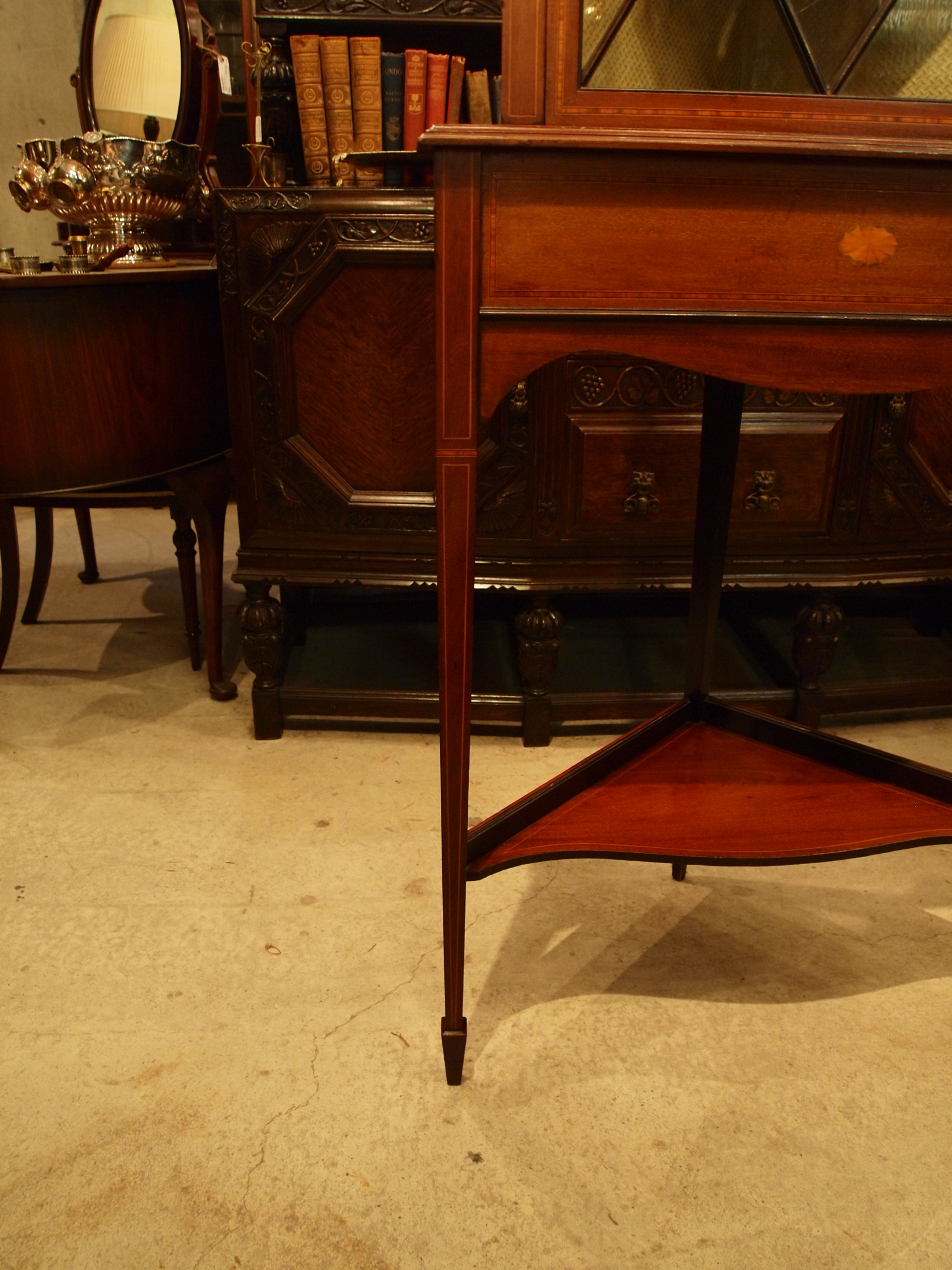 cabinet301028l_09.JPG