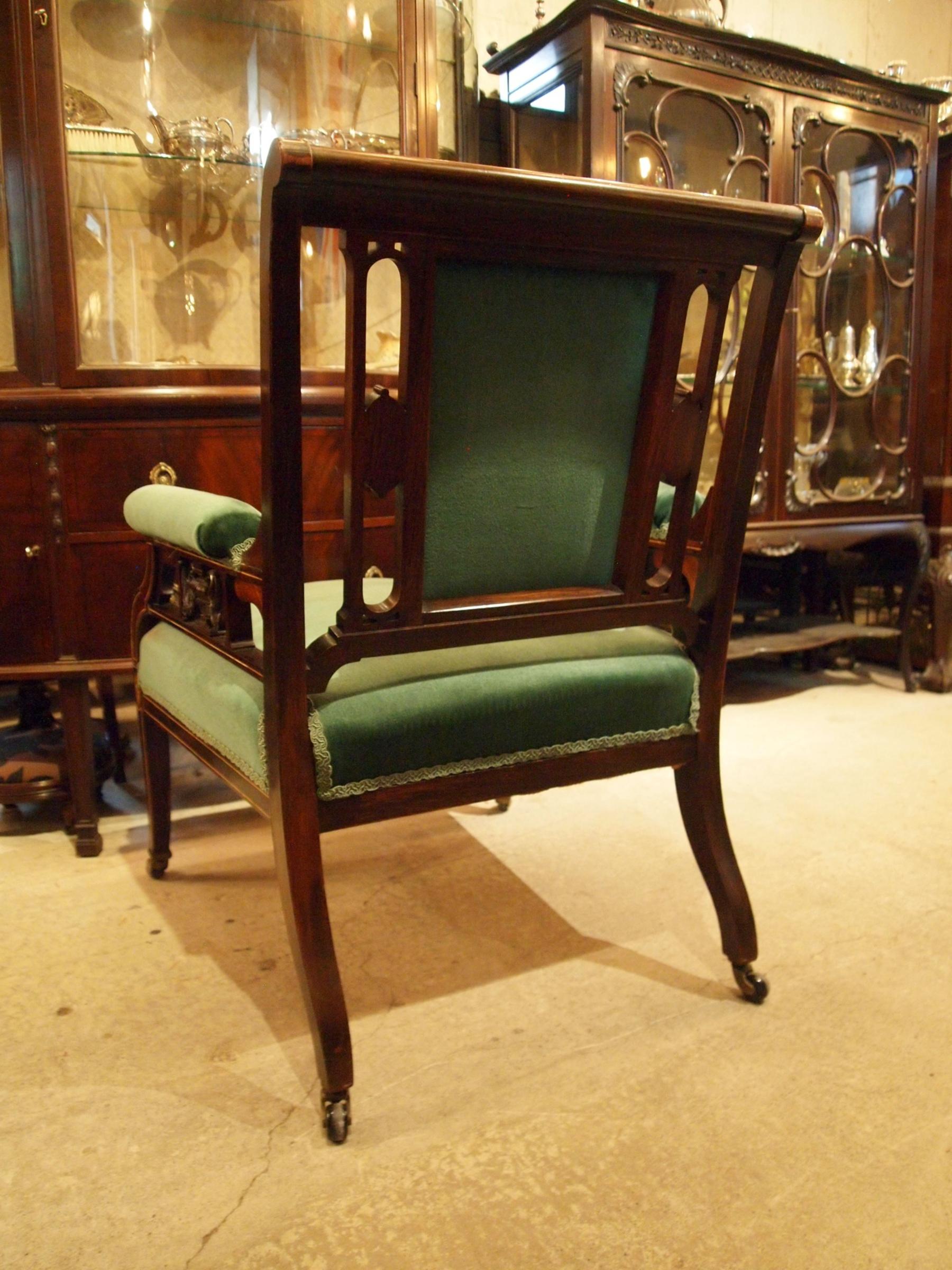 chair200529_14.JPG