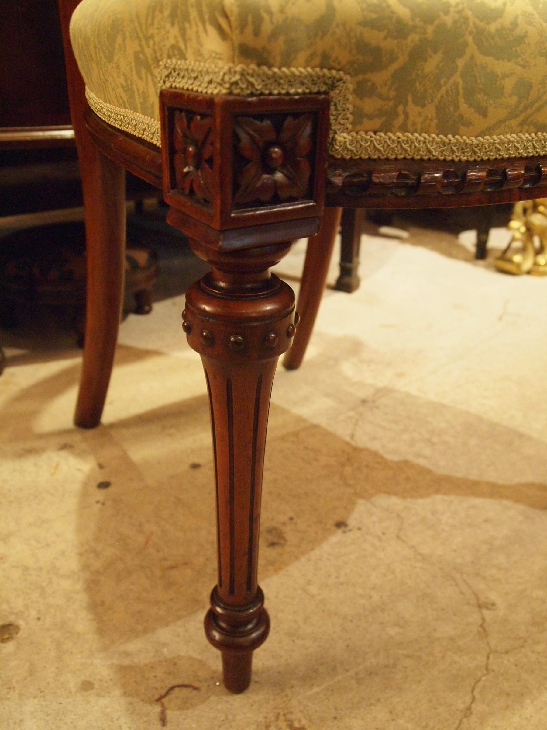 chair200718_18.JPG