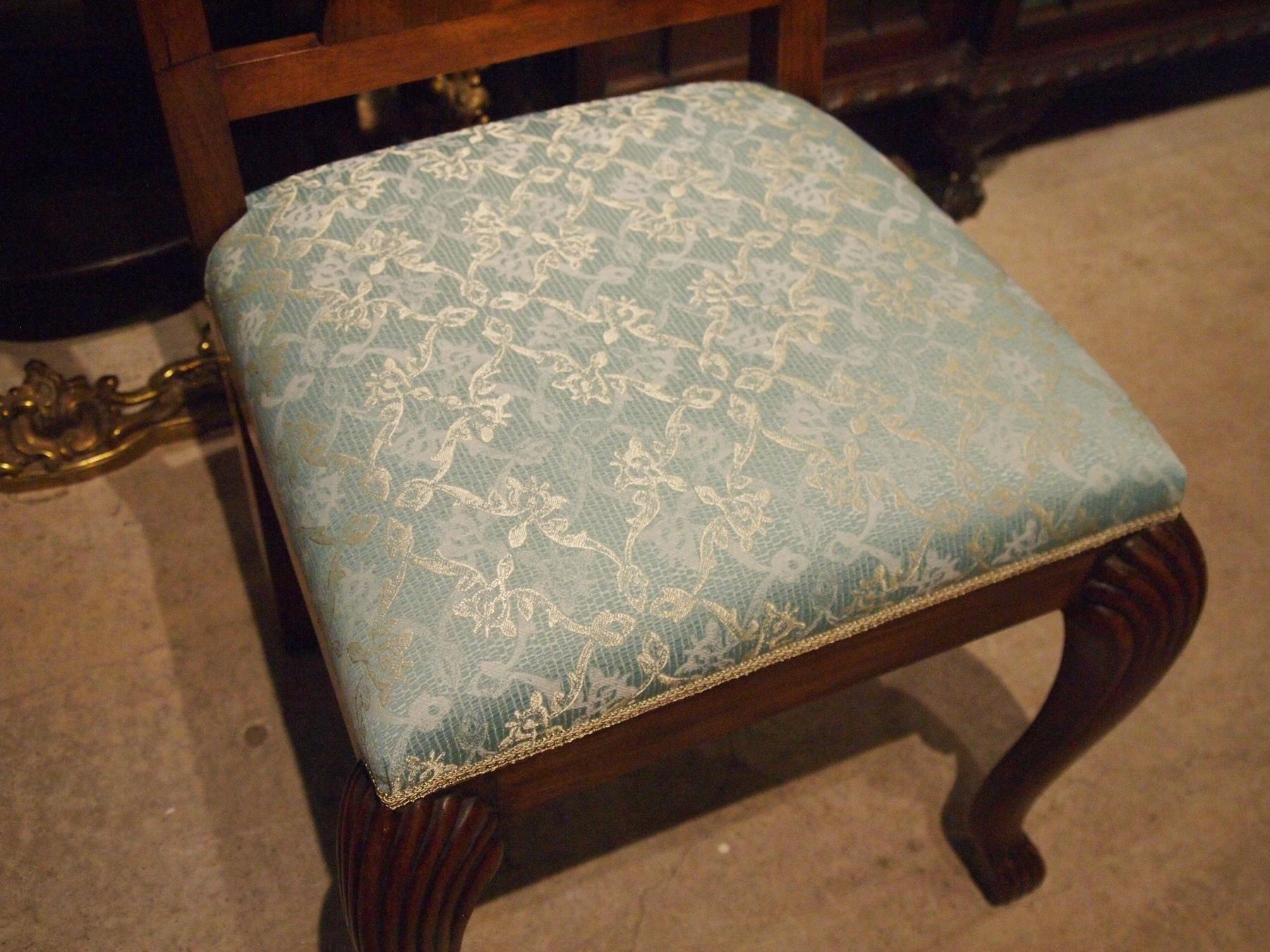 chair210828_07.JPG
