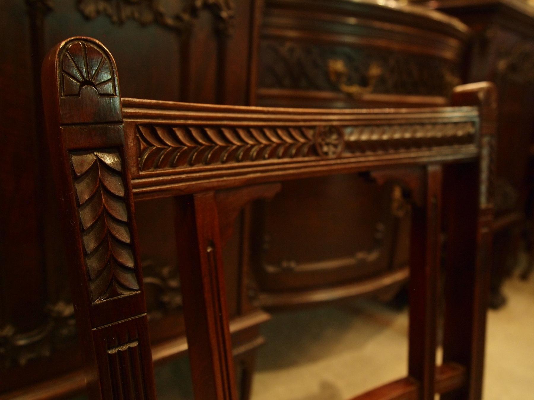 chair291008b_04.JPG