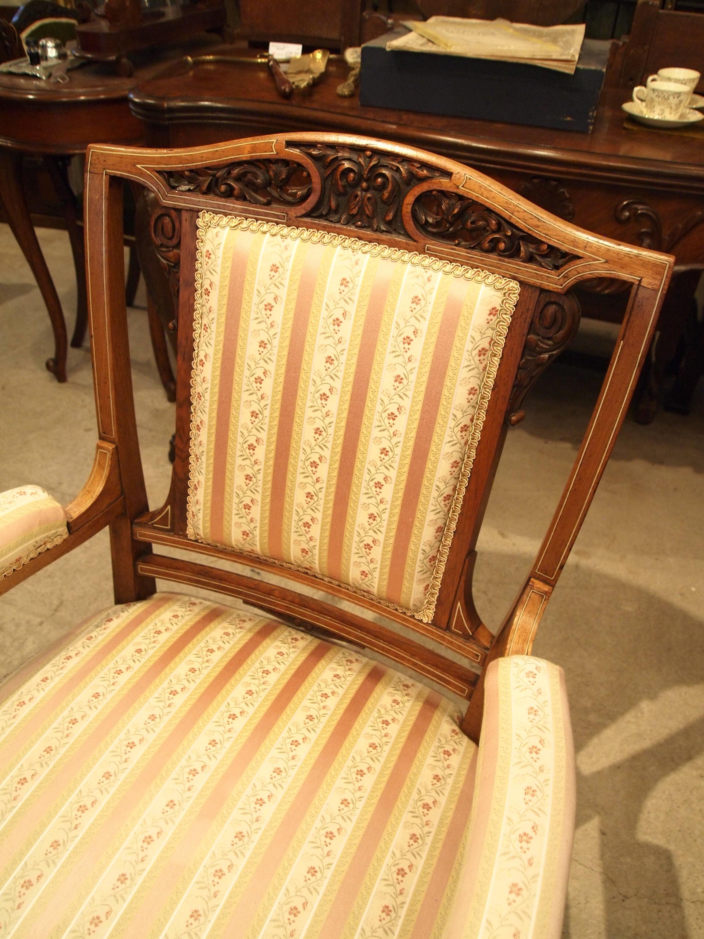 chair300603b_11.JPG