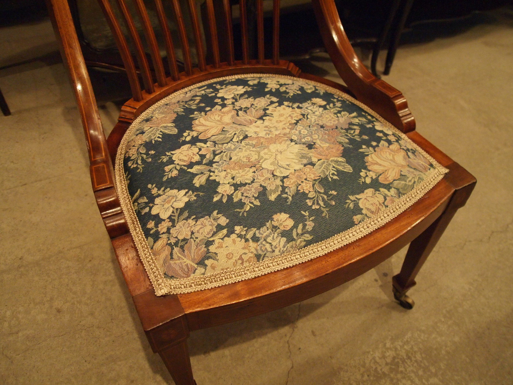 chair301118_05.JPG