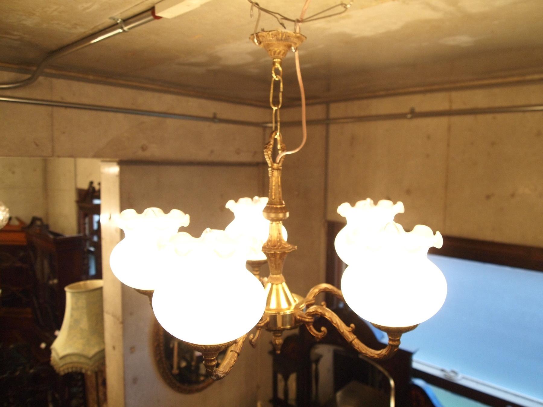 chandelier210409b_01.JPG