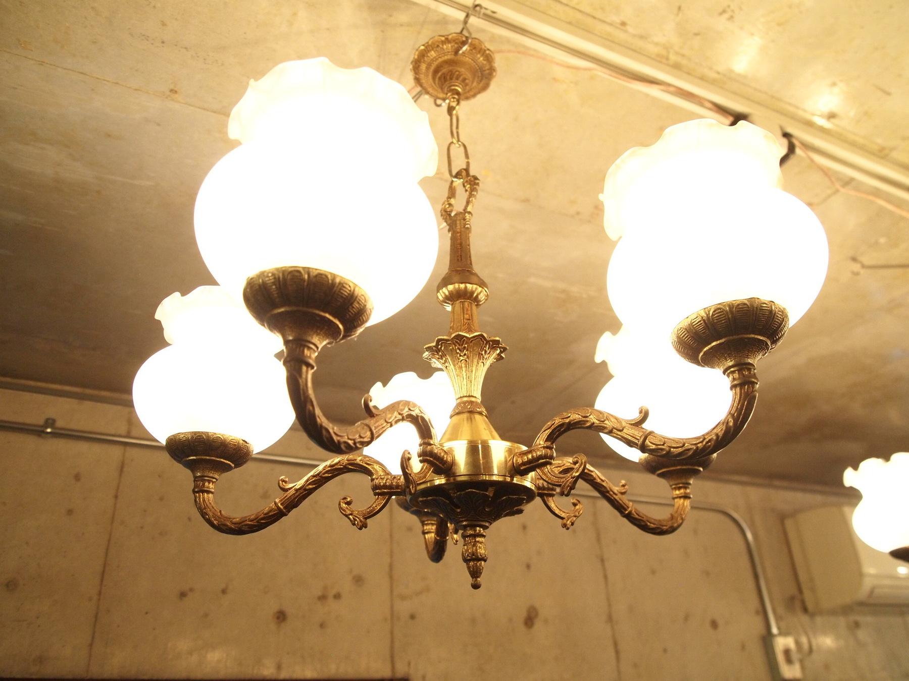 chandelier210409b_02.JPG