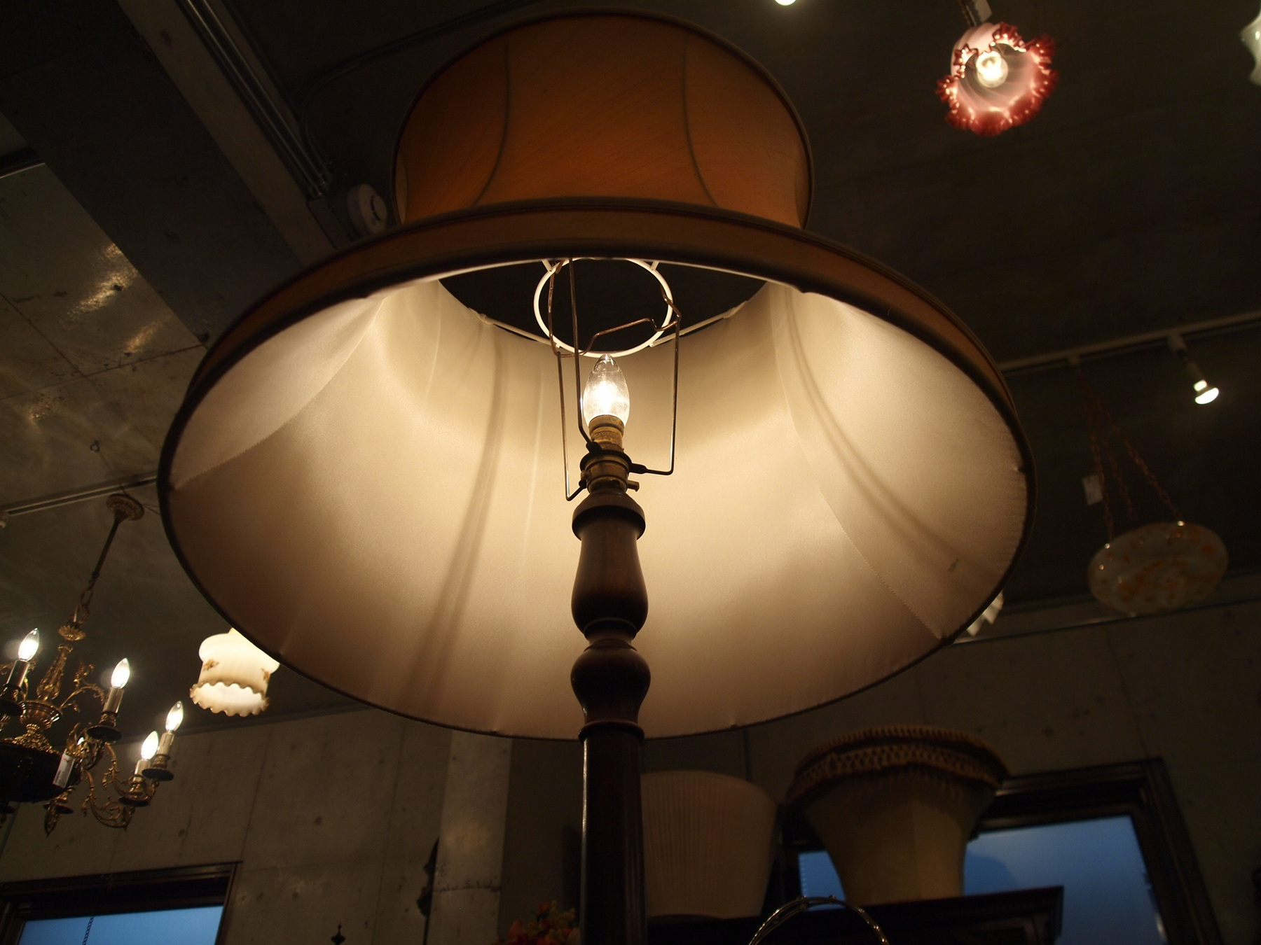 lamp190607_03.JPG