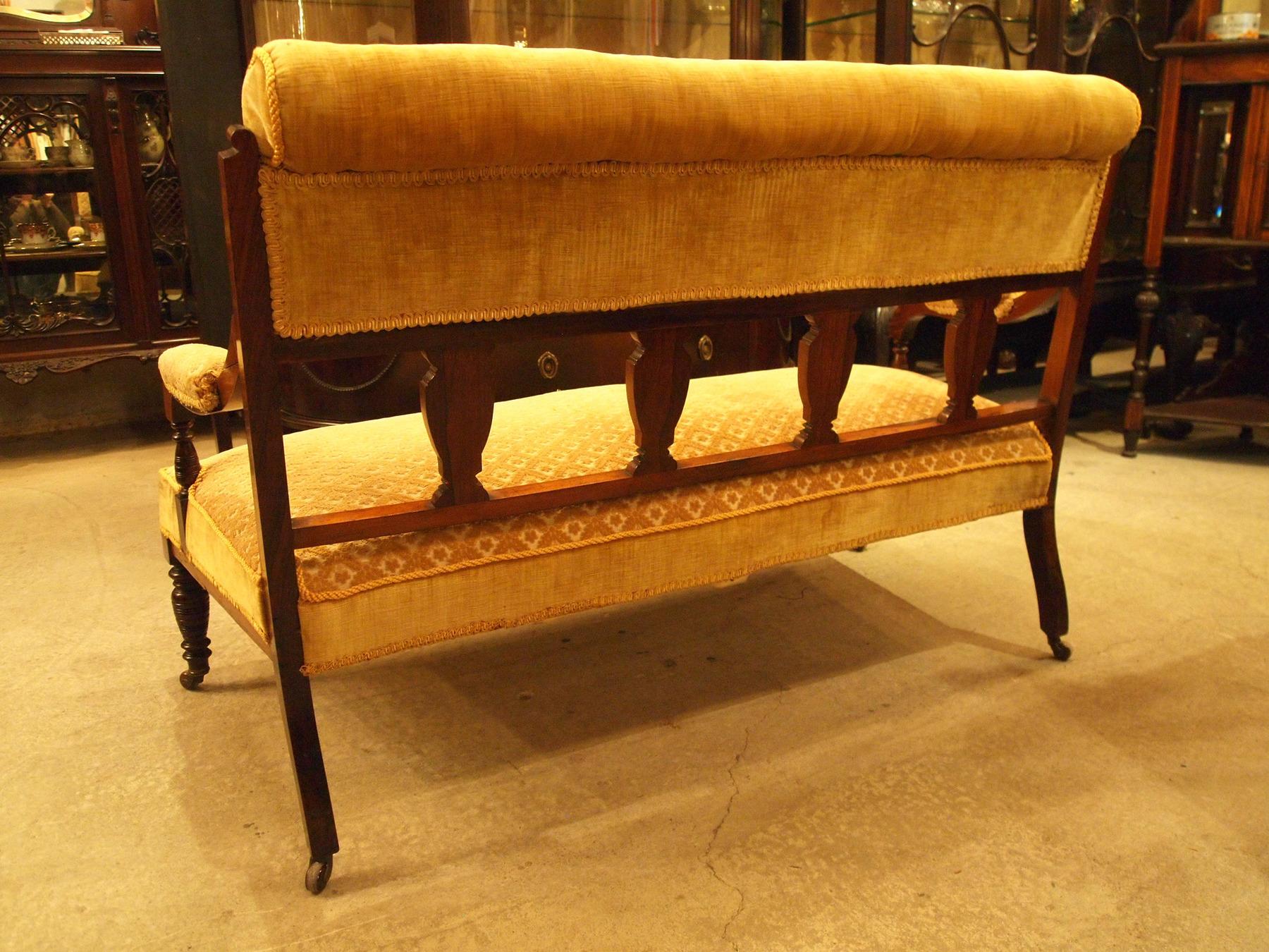 sofa200214a_11.JPG
