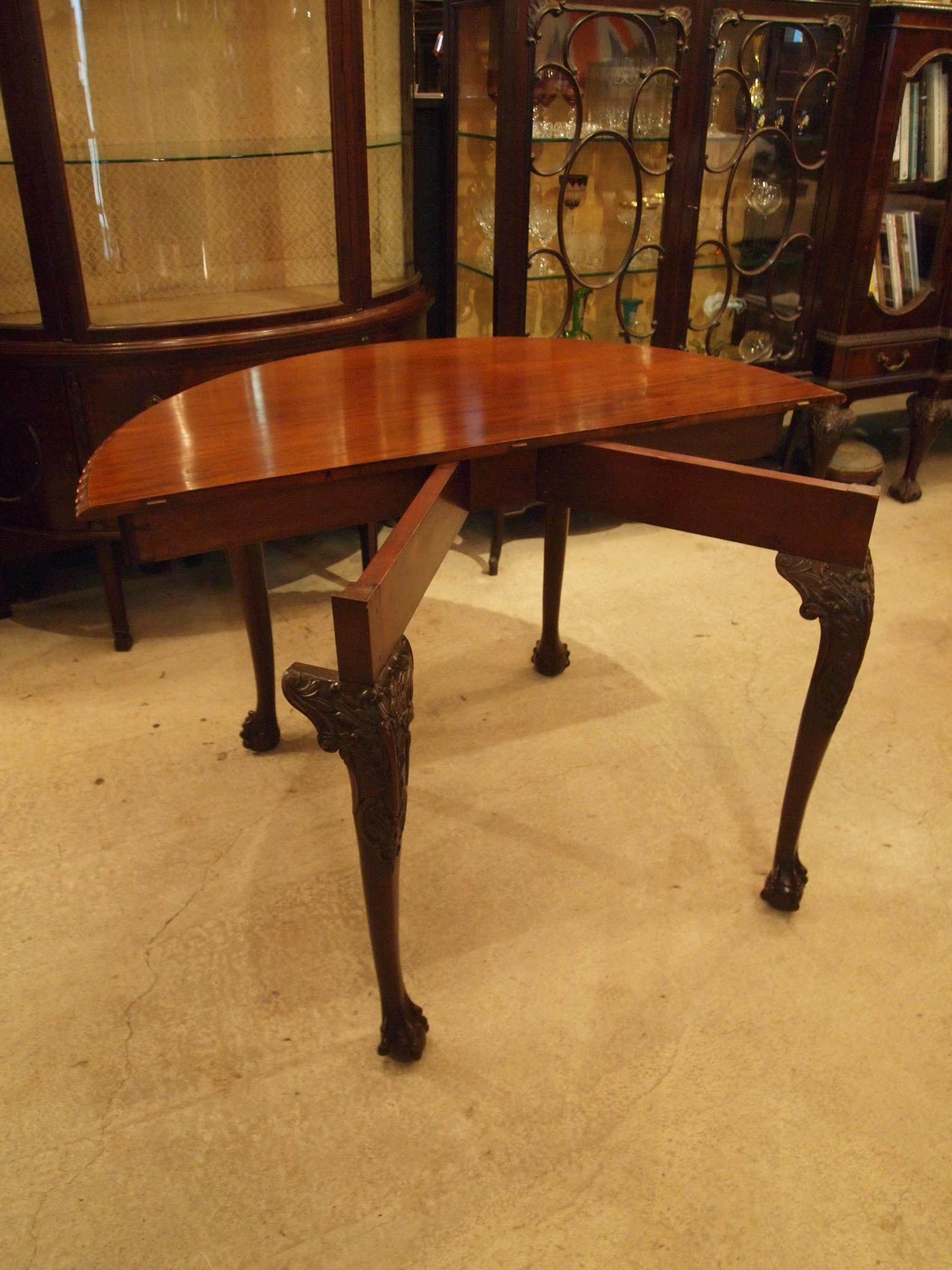table191115_15.JPG