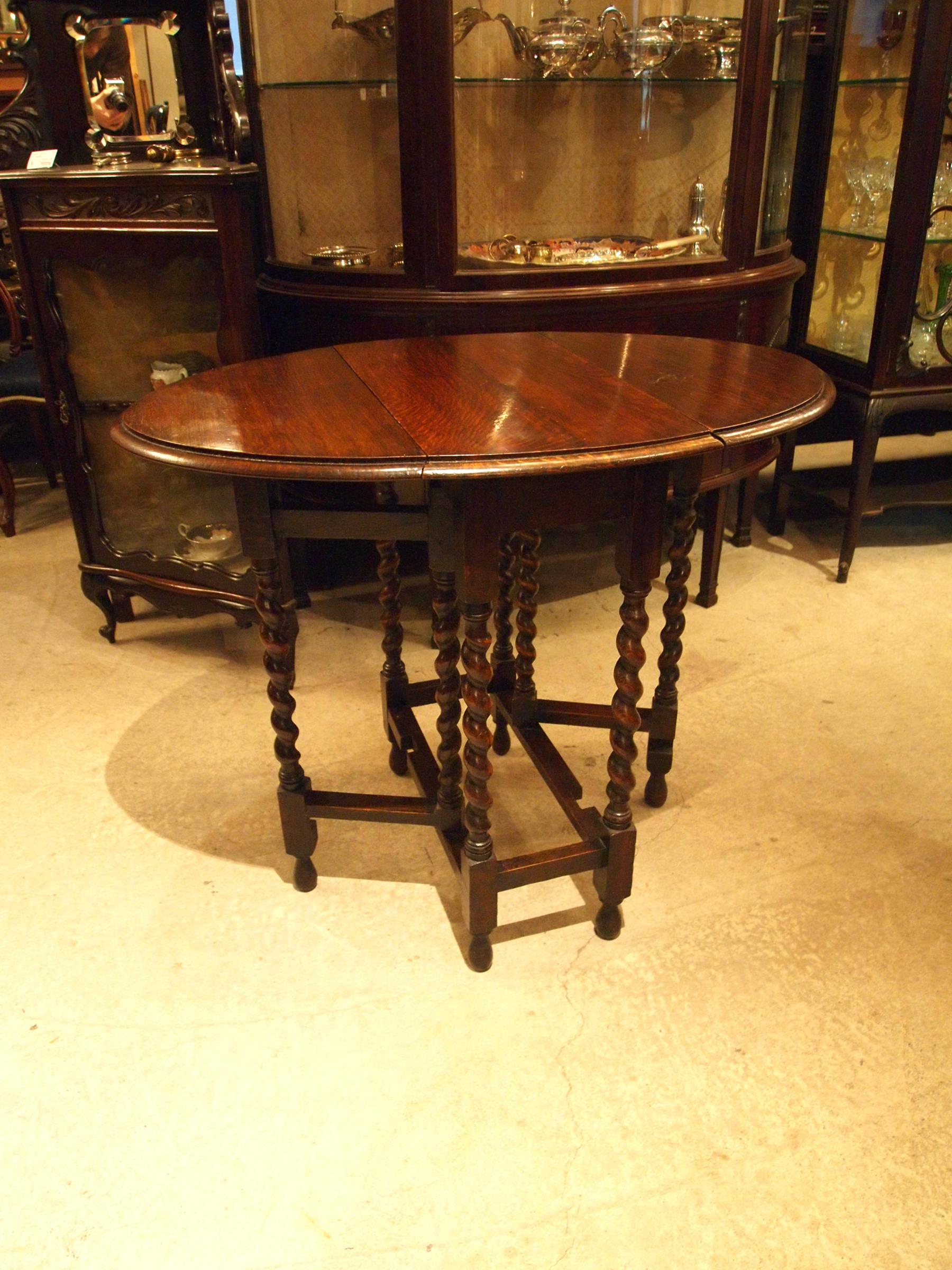 table200112a_02.JPG