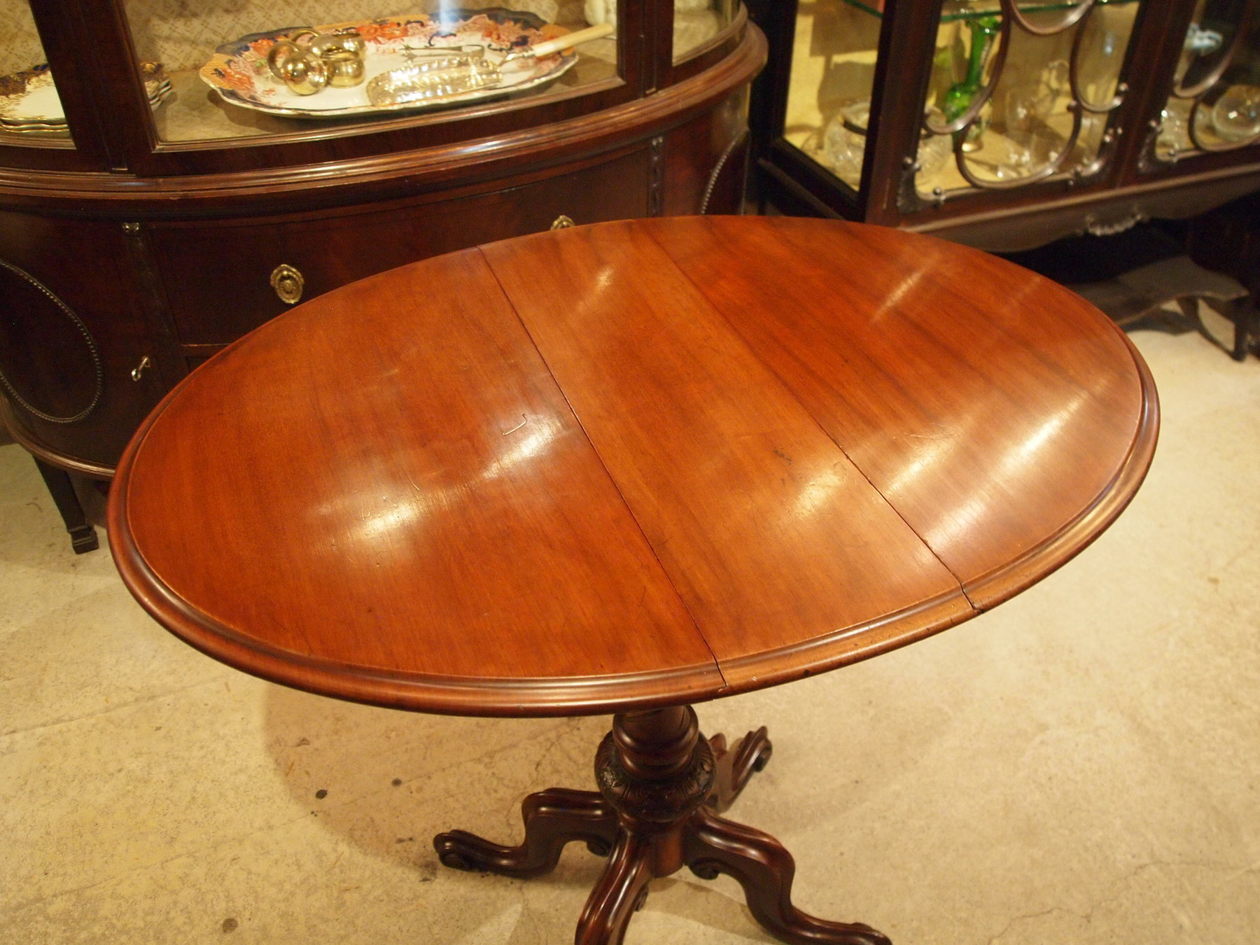 table200529_03.JPG