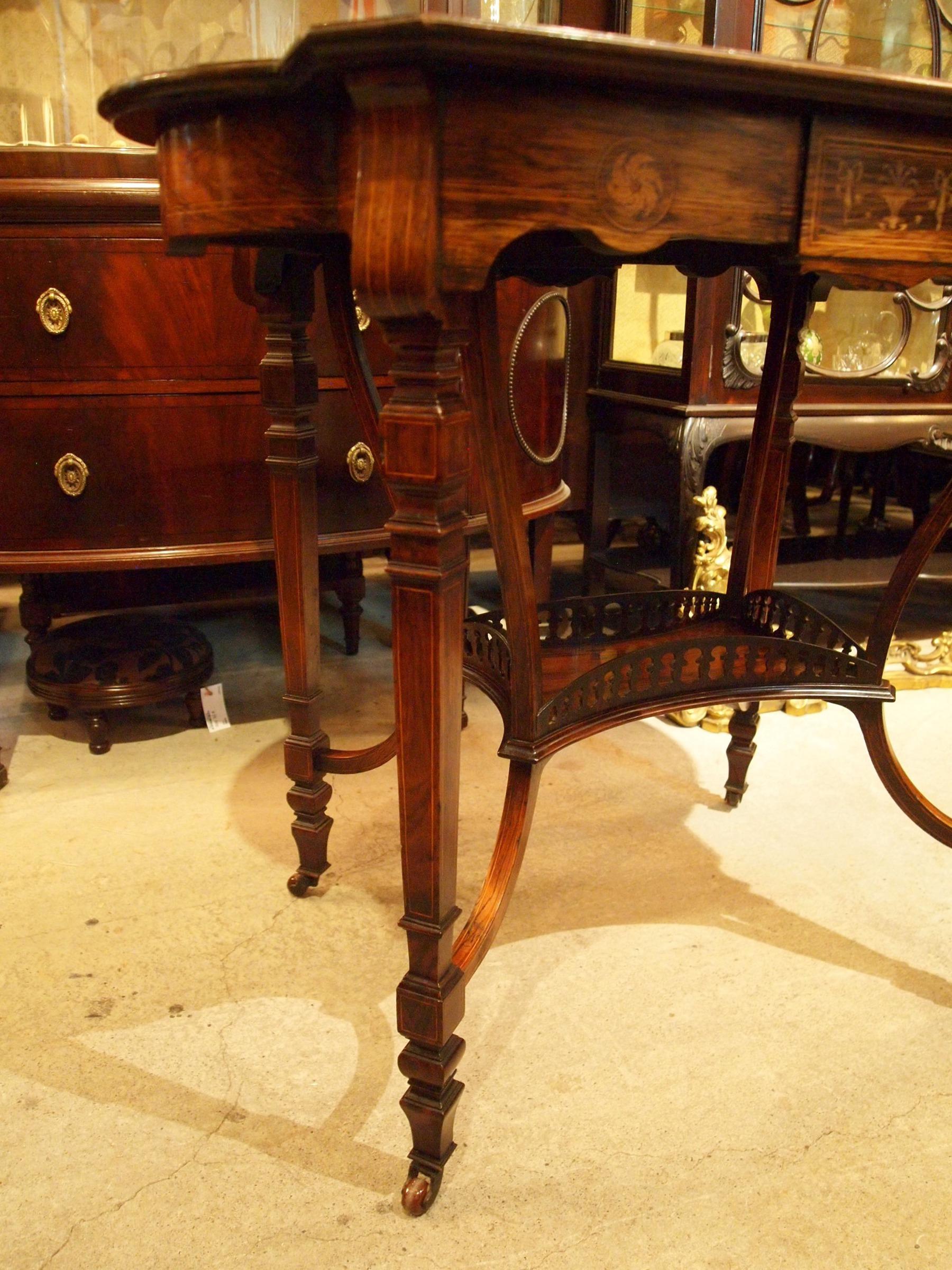 table200628_13.JPG