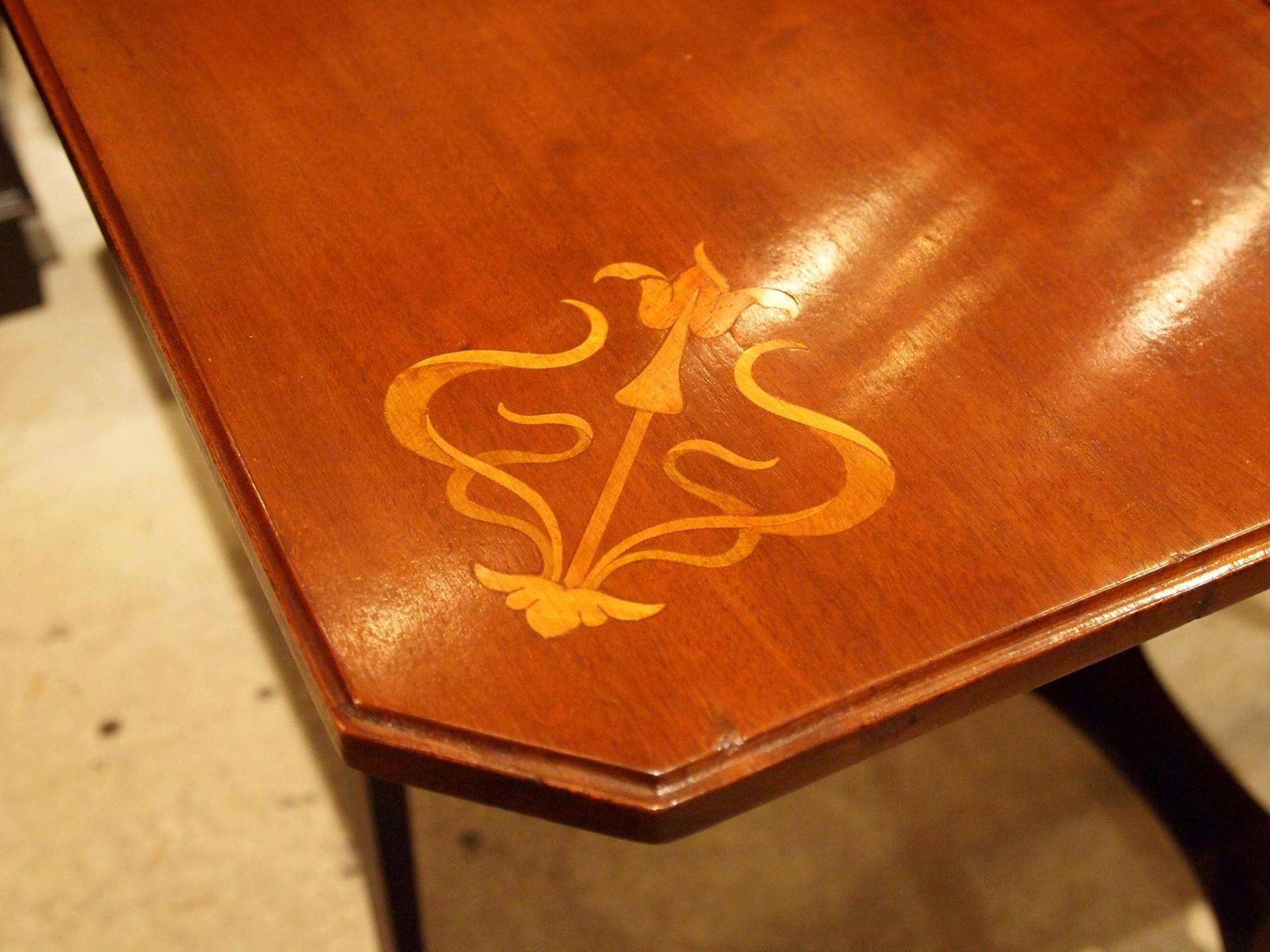 table201016a_08.JPG