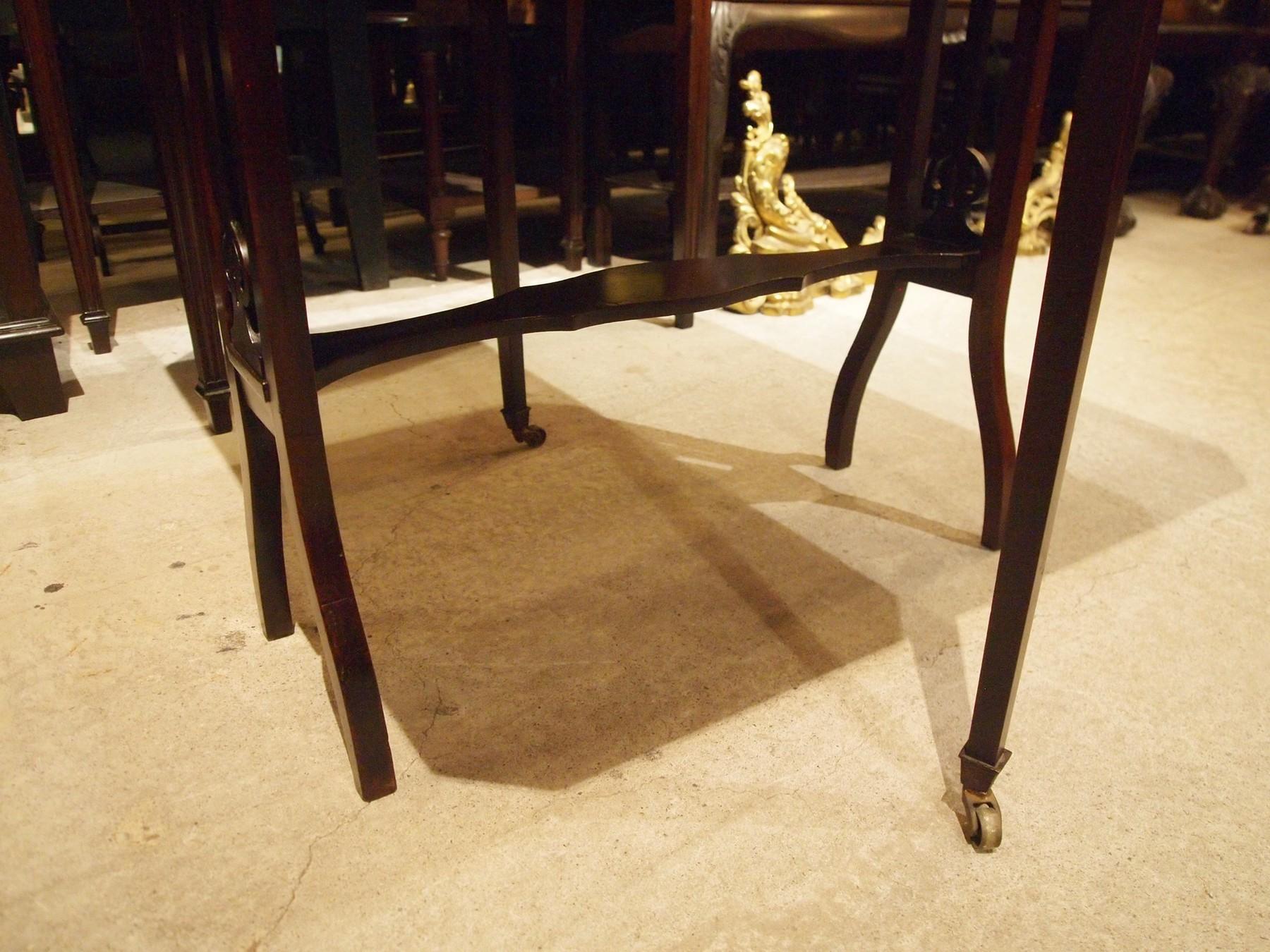table201016a_13.JPG
