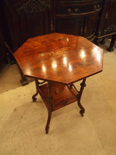 table180414_01.jpg